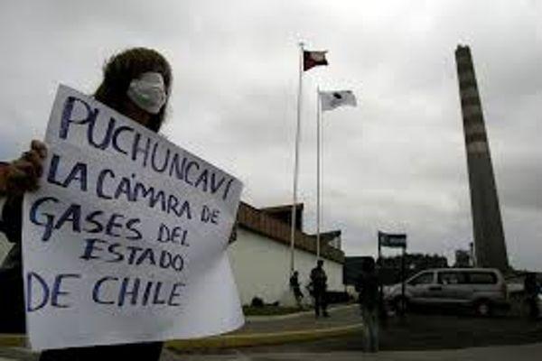 Más de 1.500 personas marcharon en contra de episodios de contaminación en Quintero-Puchuncaví