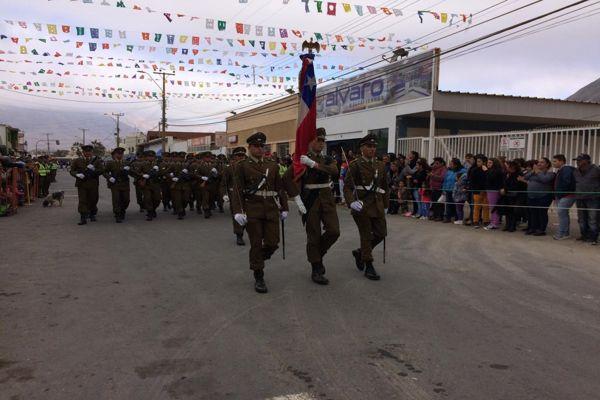 Destacada participación de carabineros en aniversario de Chañaral