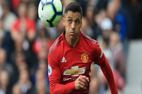 Alexis Sánchez destaca alza del Manchester tras salida de Mourinho