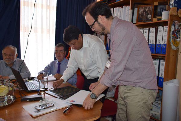 Alcalde Tapia se refiere a firma del convenio Puente Añañuca