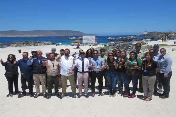 Con feria informativa en Bahía Inglesa, autoridades dan inicio al plan verano seguro