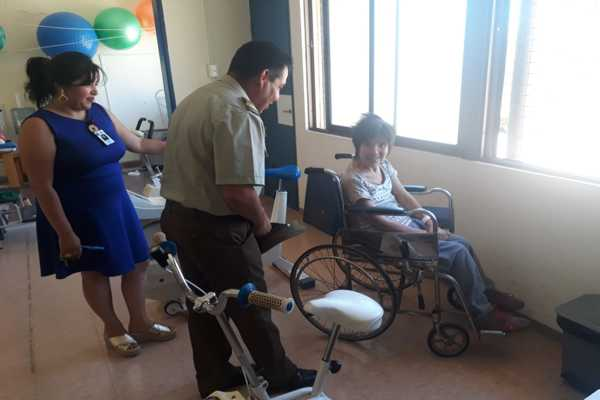 Carabineros visita y entrega ayuda a pacientes del hospital de chañaral