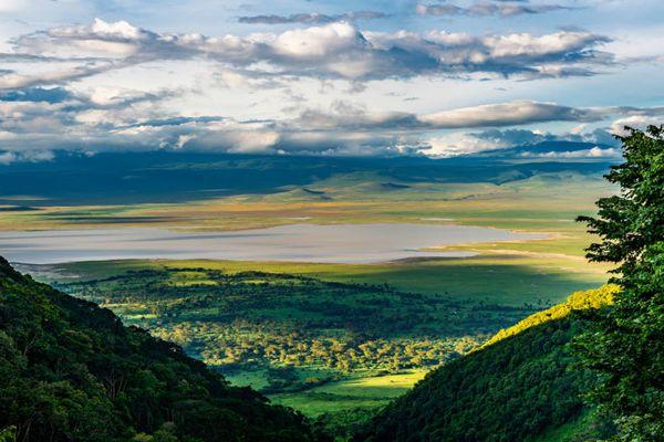 Por qué el cráter de Ngorongoro es el paisaje más impactante de África