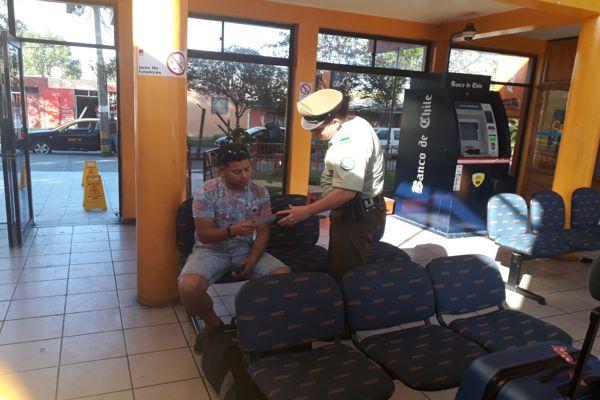 Carabineros realiza jornada preventiva en terminales de buses prevension preventiva de Vallenar