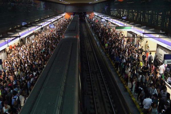 Un muerto, un hombre amputado y otro con lesiones leves dejaron las tres emergencias en el Metro