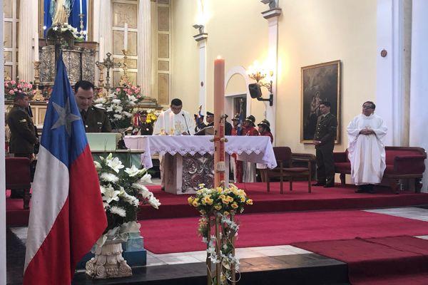 Carabineros de Atacama oraron y agradecieron por estos 92 años de existencia institucional, junto a sus autoridades y la comunidad.