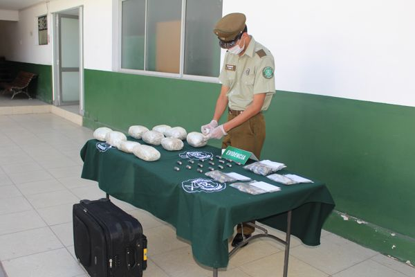 OS7 Atacama encontró maleta con droga en bus interprovincial