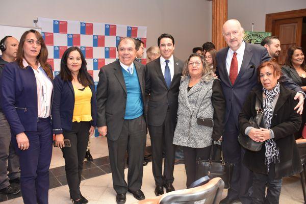 Ministro Prokurica junto al Intendente Urquieta abordan beneficios para la clase media con mineros de Copiapó