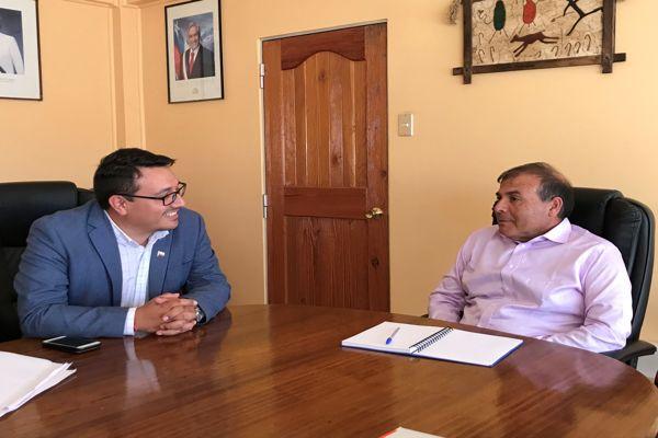 Seremi de Trabajo y alcalde de Diego de Almagro  acuerdan erradicar el Trabajo Infantil