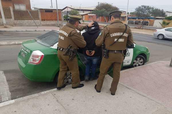 Mujer con amplio prontuario policial fue detenida por carabineros