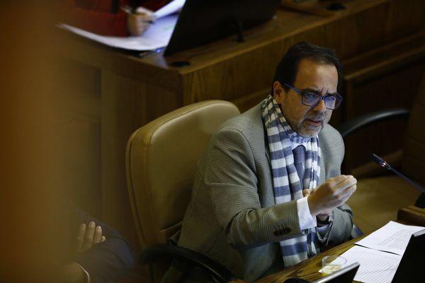 Diputado Mulet llamó a Regionalistas a estar alerta ante arremetida de la derecha para postergar elección de gobernadores