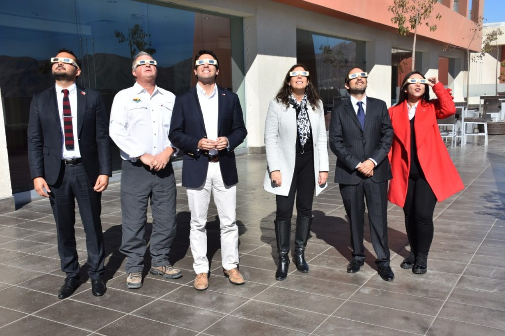 Gobierno destaca las potencialidades de Atacama en jornada sobre el Eclipse Solar Total