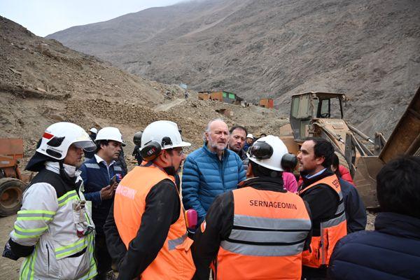 Ministro de Minería destaca labor de rescatistas de Atacama en Mina Directorio 8 de Tocopilla