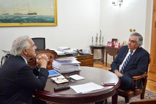 Senador Prohens solicito al ejecutivo decretar feriado en Atacama por eclipse solar