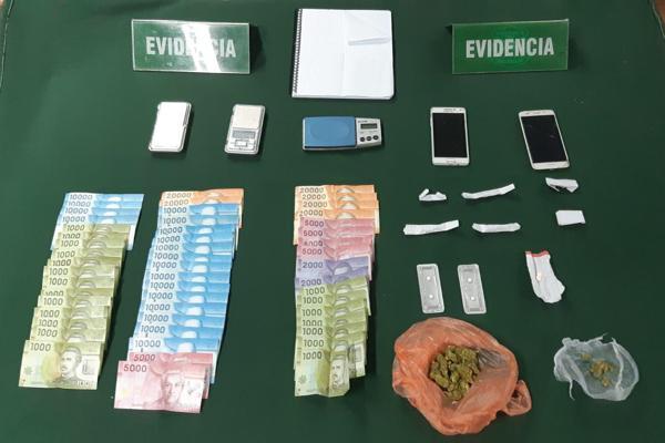 Carabineros del OS-7 Atacama detuvo a tres jóvenes que se dedicaban a la venta de marihuana