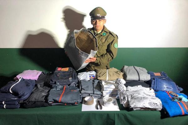 OS7 Atacama detuvo a cuatro sujetos con especies sustraidas en bolsas bionicas desde mall plaza Copiapo