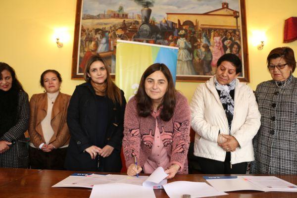 Sag y Municipalidad de Caldera firman importante comodato