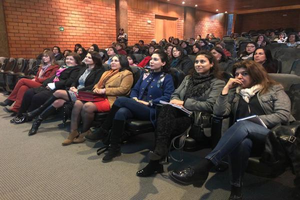 Mujeres emprendedoras de Sercotec participaron en novedoso seminario de Innovación