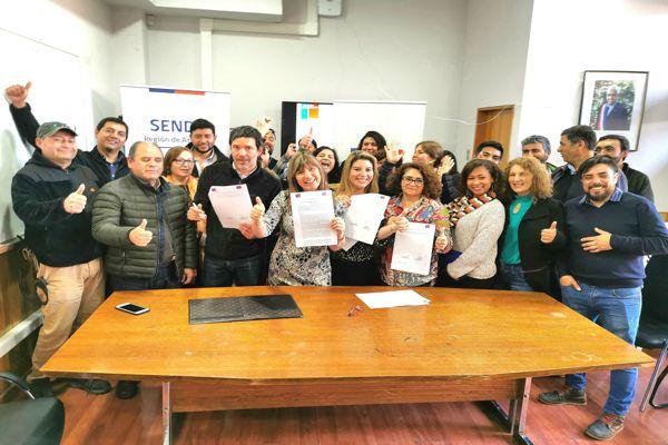 Con charla preventiva Senda y Fosis firman convenio de colaboración