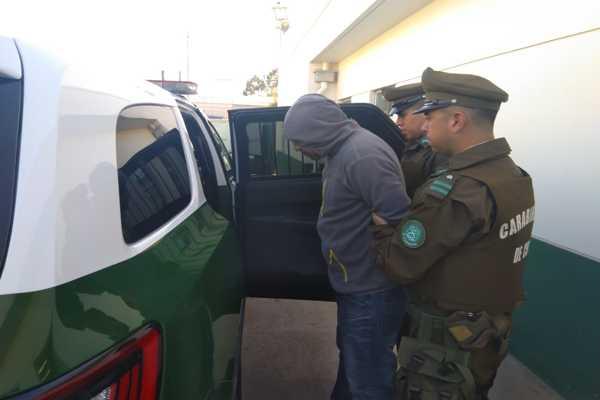 Carabineros detuvo a dos delincuentes prolíficos
