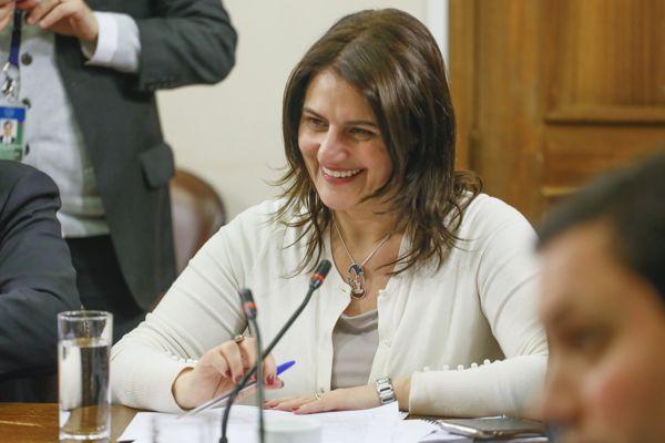 Diputada Sofía Cid integrará la Comisión de Hacienda de la Cámara,, tras 16 años de solo presencia de hombres