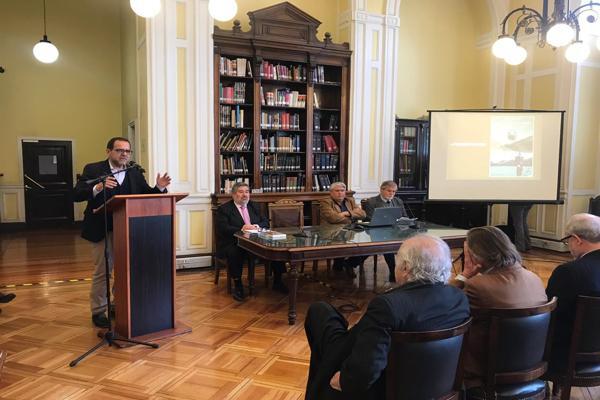 Lanzan libro sobre historia de Atacama en Congreso Nacional