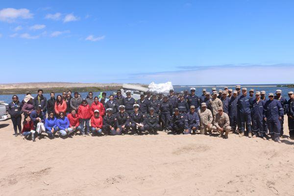 Gran operativo de limpieza en el borde costero de Caldera