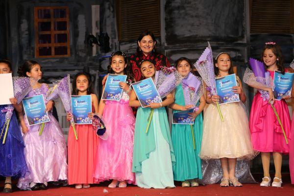 Caldera ya tiene siete reinas de su aniversario