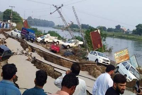 Hasta ahora van 19 muertos y más de 300 heridos deja sismo de magnitud 5,2 en Pakistán