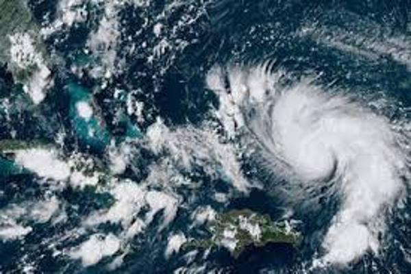 Ya van cinco muertos por paso de huracán Dorian en Bahamas