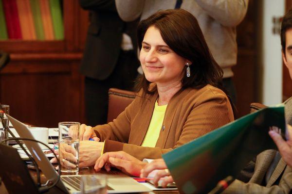"""Diputada Sofía Cid valoró proyecto de """"portabilidad financiera"""" y explicó sus principales ejes de funcionamiento."""