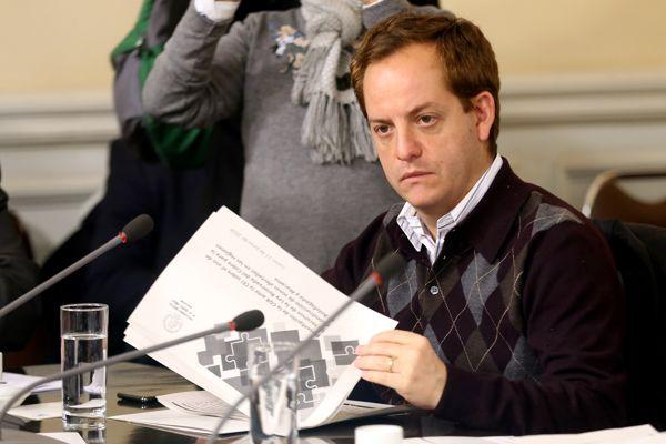 Diputado Nicolás Noman logra suspensión de remate de patentes mineras