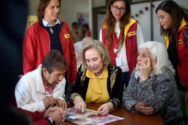 Primera Dama y ministro Mañalich entregan detalles de las 5 nuevas enfermedades que cubre el Auge incluido el Alzheimer