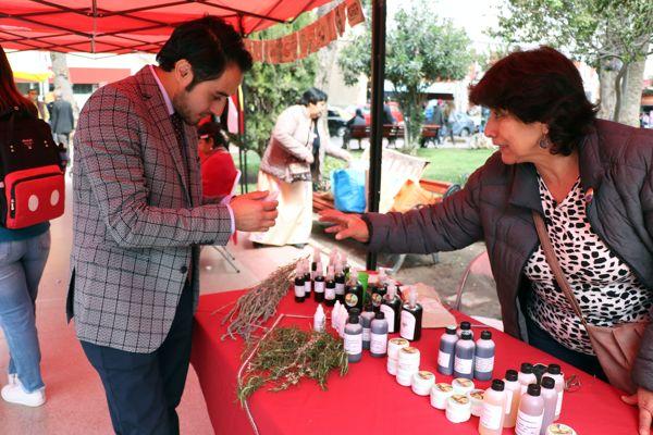 En la Plaza de Armas se realizó muestra de medicina ancestral de pueblos indígenas