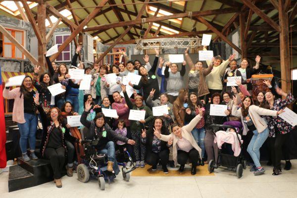 Mujeres de Caldera participan en encuentro comunal