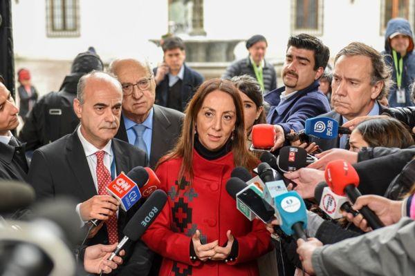 Gobiernos y los gremios de comunicación avanzan en protocolos para proteger la libertad de prensa y seguridad de los profesionales