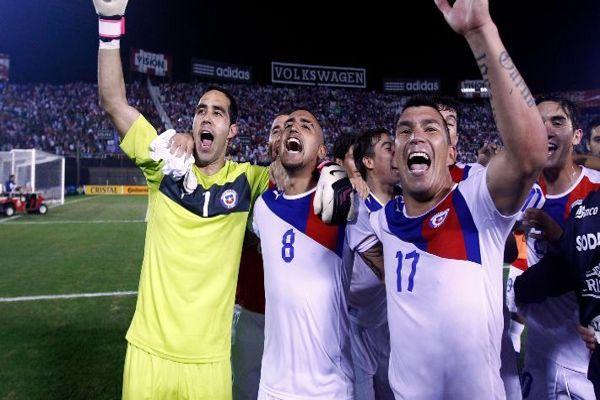 Bravo, Medel y Vidal se reencuentran en la Roja, para los amistosos contra Colombia y Guinea