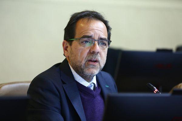 """Mulet: """"Queremos cambios radicales para Chile, pero sin violencia, ni del Estado ni de grupos violentistas"""""""