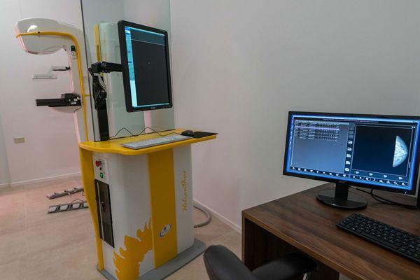 En operaciones desde julio de 2019: 300 exámenes preventivos ha realizado Mamógrafo de Tierra Amarilla