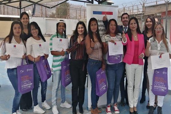 Gobernación capacita a internas de la cárcel de Chañaral en la preparación para el trabajo con enfoque de género.