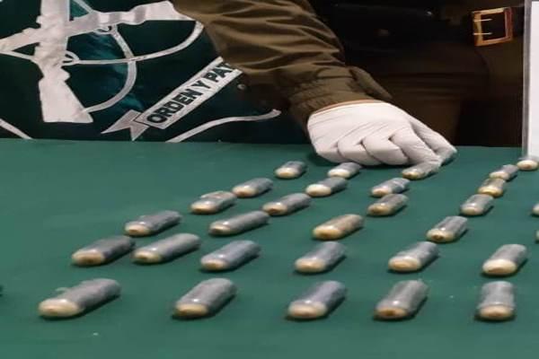 Pasajero de bus que presento problemas de salud llevaba 29 ovoides en su organismo