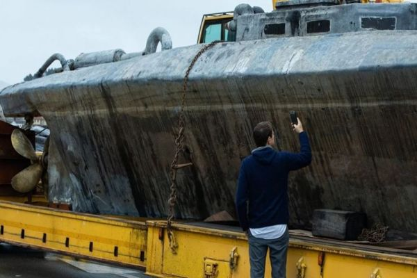 La marina de Perú intercepta un narcosubmarino con unos 2.000 kilos de droga