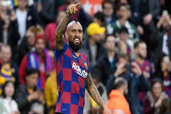 Medio catalán le dedica columna a Vidal ante rumores de posible partida