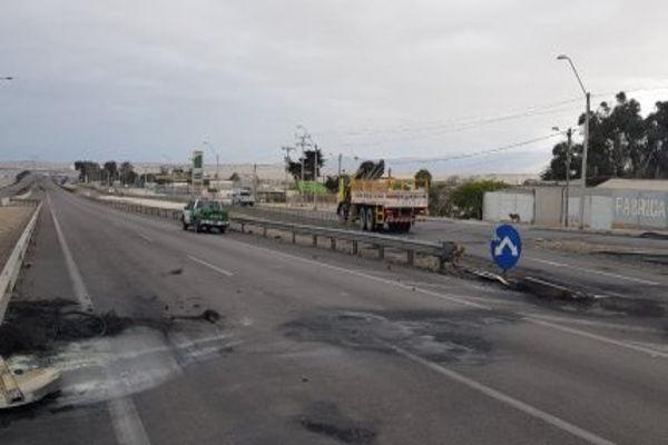 Barricadas en la ruta 5 norte terminaron con un detenido por robo con intimidación