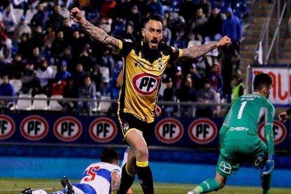 Mauricio Pinilla regresa a Coquimbo Unido a un mes de emotiva despedida