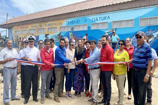 Con aportes de minera Candelaria y FONDART Regional Inauguran imponente mural patrimonial en Caldera