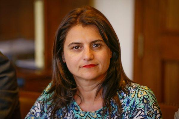 A los Ministerios de Vivienda, Desarrollo Social y SEMANA realizó gestiones Sofía Cid para apoyar a damnificados de Alto del Carmen.