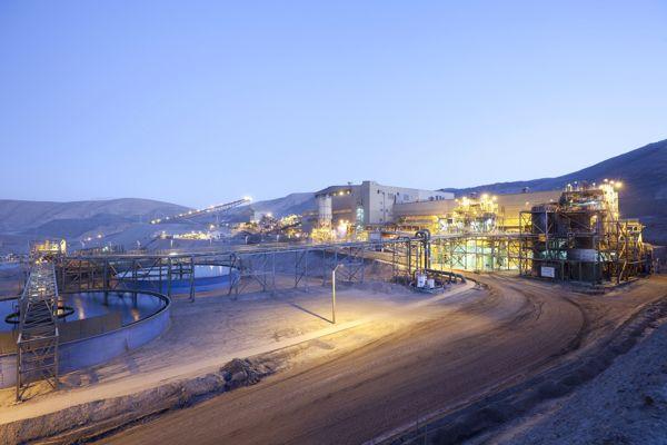Minera Candelaria contribuye con 2 mil millones de pesos a la red de salud de Atacama para ayudar a combatir el COVID -19