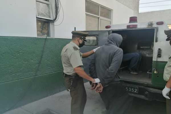 Carabineros detuvo a sujeto que agredió con golpes de pie y puño a ciclista en Chañaral.