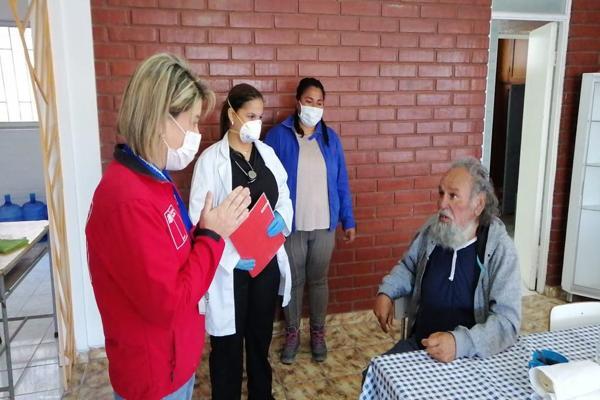 Ministerio de Desarrollo Social y Fundación Cuatro Esquinas habilitan albergue para resguardar a adultos mayores y enfermos crónicos que se encuentran en situación de calle en Copiapó